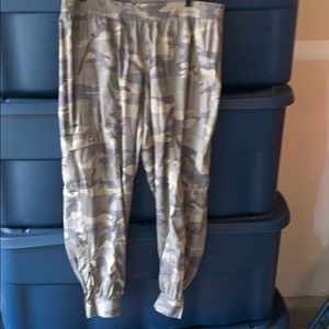 Camo pull on pants